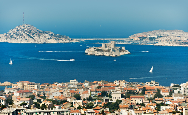 Go sailing in Marseilles