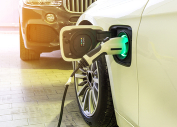 power-supply-connect-electric-car