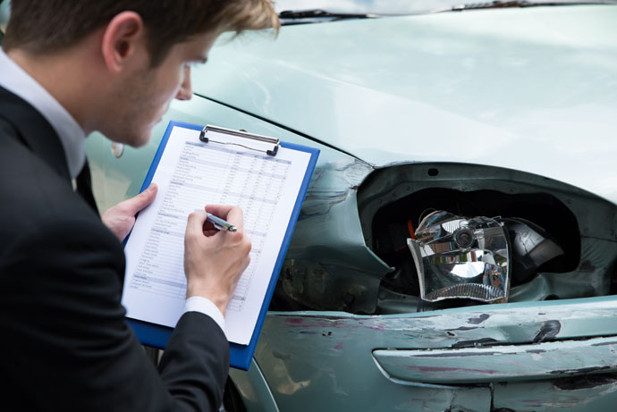 car-repairs-and-insurance-surveyors
